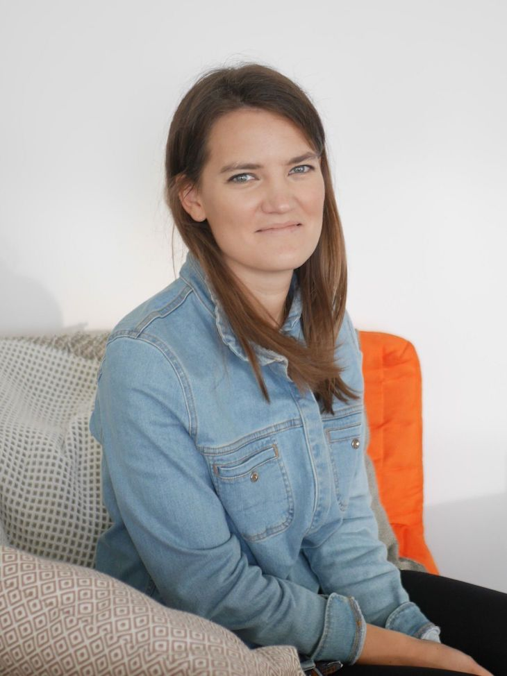 Portrait de Guillemette, chargée de marketing de la start-up Wecasa