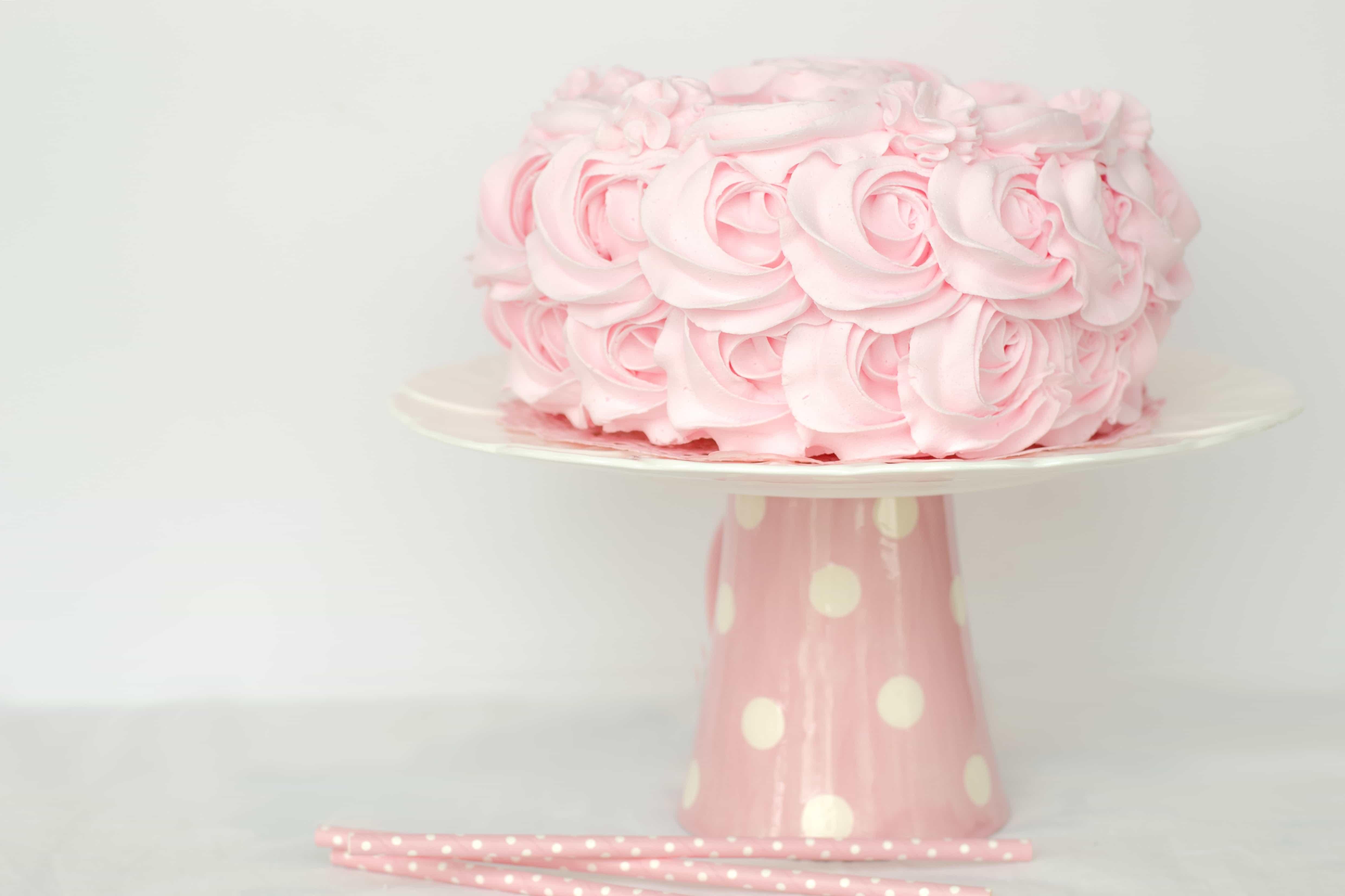 gateau rose baby shower