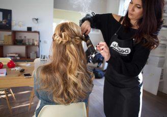 Juliette, coiffeuse à domicile