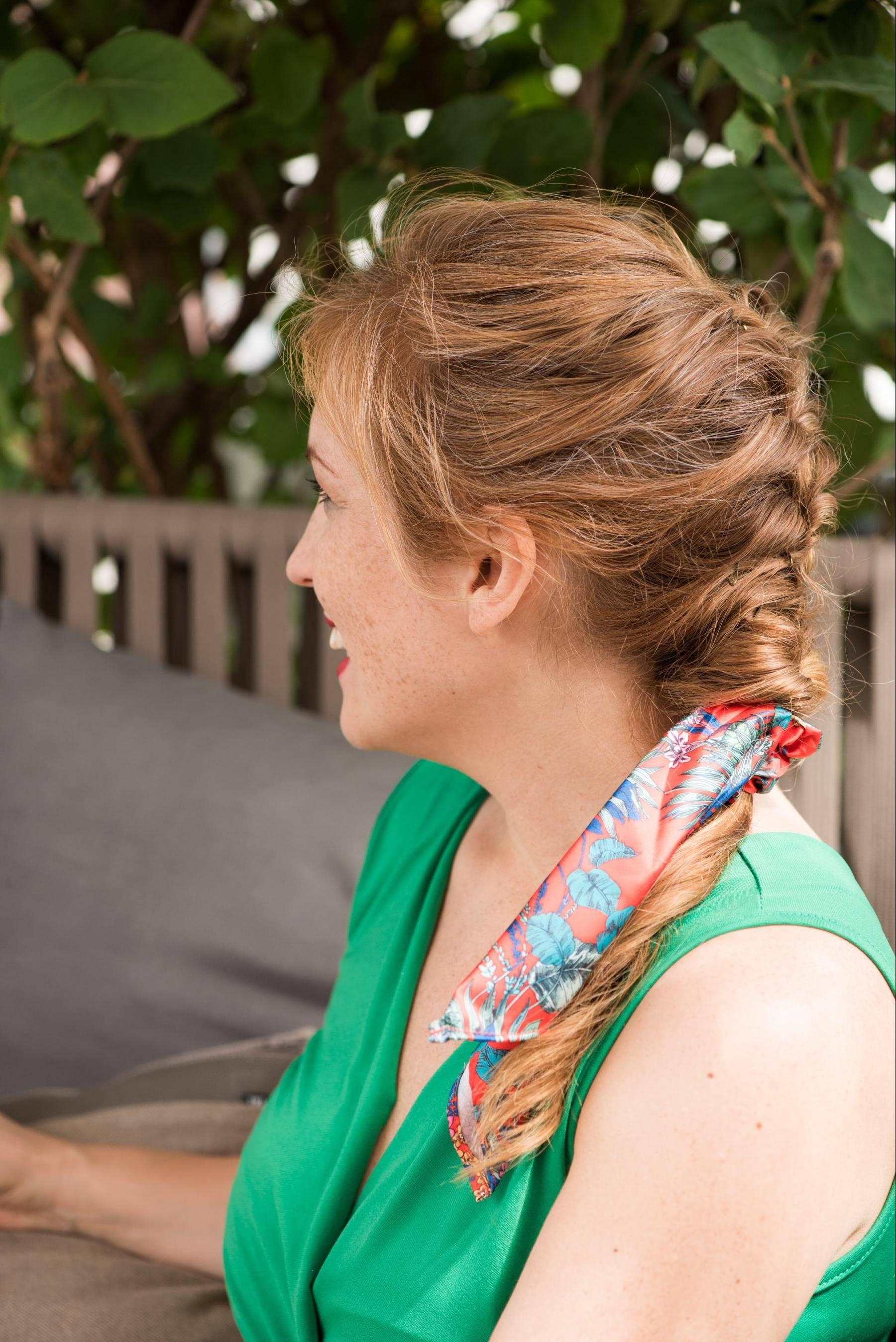 tresse longue accessoire foulard
