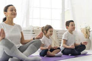 Image de yoga pour enfant